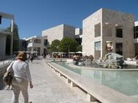 Getty Center Museum Courtyard - from Wikipedi