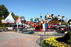 Disneyland - Dumbo the flying Elephant - by Carterhawk - wikipedia