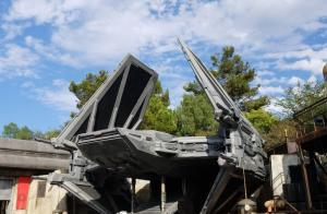 Disneyland - Star Wars Galaxy's Edge Fighter