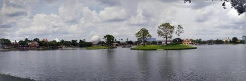 Disney World - Epcot - World Showcase - Lake