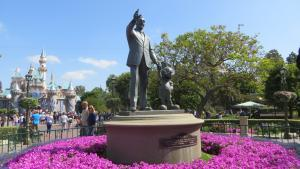 Disneyland - Walt Disney and Sleeping Beauty Castle