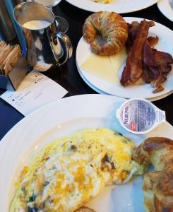 San Diego - Seaview restaurant - Buffett breakfast