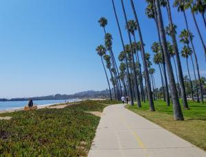 Santa Barbara - beach walk