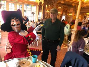 Disneyland - Plaza Inn - Breakfast with characters