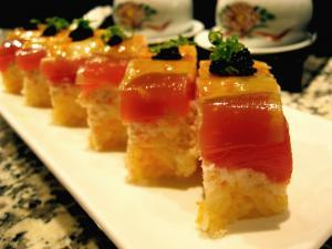 Taka 555 Sushi - Flickr - by Kimberly Vardeman